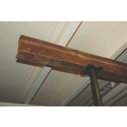 Needle Support Beams